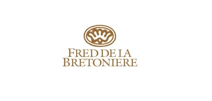 Fred de la Bretonière is hotter than hot!
