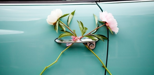 Decoratie trouwauto